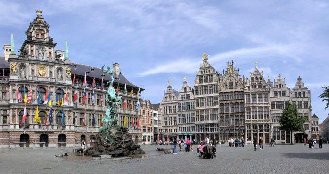 Source: http://en.wikipedia.org/wiki/File:Grote_Markt_(Antwerpen).jpg